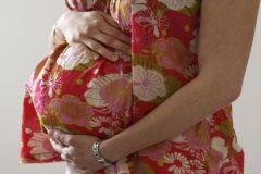 Чем позже роды, тем ниже риск развития рака груди?