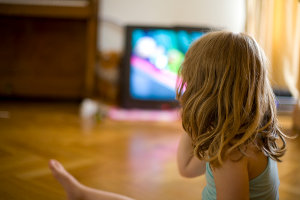 Телевизор – причина детского воровства