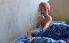 У ребенка режутся зубки: как уменьшить боль?