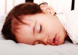 Проблемы с поведением у ребенка — повод прислушаться к его дыханию во сне