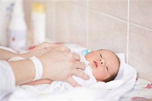Аптечка для новорожденных: список необходимых препаратов