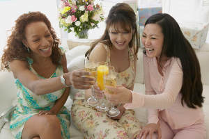 Алкоголь во время беременности полезен и для матери, и для ребенка