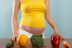 Ученые посоветовали беременным есть меньше мяса