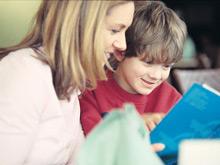 Гармонично развить ребенка поможет привычка рассказывать ему истории