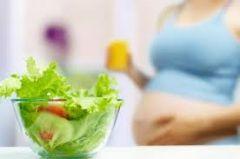 Питание «за двоих» во время беременности приводит к ожирению у ребенка