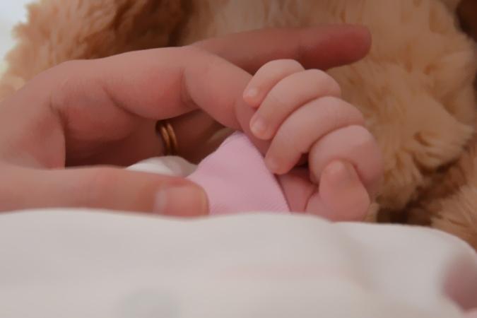 В Казахстане намерены сократить детскую и материнскую смертность