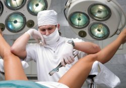 Аборт «на бис»: британки игнорируют контрацептивы