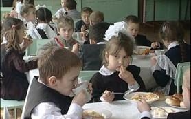 Проблема детского ожирения не решается школьным питанием