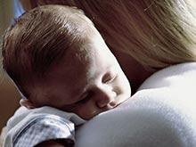 Колыбельные снижают остроту боли у ребенка