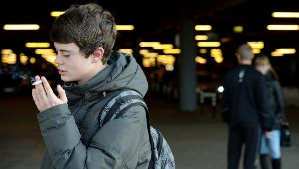 Врачи: Томск лидирует в РФ по числу курящих школьников