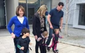 Мать больного ребенка придумала «ходунки» для детей с ДЦП