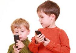 Влияние мобильников на интеллект проверят на … школьника