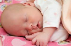 Почему ребенок не хочет ложиться спать: важно знать