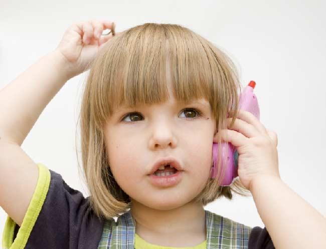 Мобильные телефоны провоцируют аллергию у детей – исследование