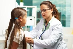 Доказана высокая эффективность продолжительной терапии ко-тримоксазолом для профилактики инфекций при везикоуретеральном рефлюксе у детей