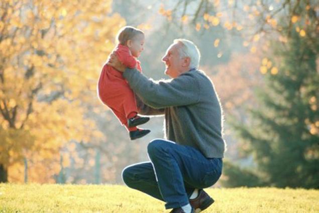 Возраст отца влияет на здоровье ребенка