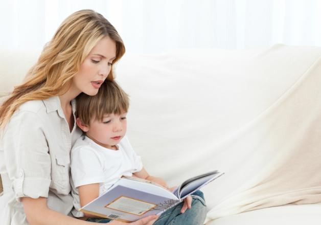 Ученые: читайте детям вслух с самого рождения