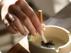 Курение – не повод отказываться от грудного вскармливания