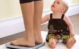 Почему женщина толстеет после родов