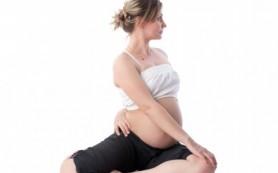 Чем полезна йога во время беременности