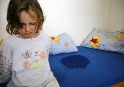 При детском ночном энурезе наказание лишь ухудшит ситуацию