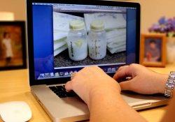 Чем опасно приобретение грудного молока через Интернет