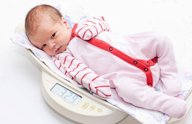 Физиологическое развитие ребенка от 0 до 6 месяцев