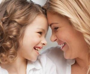 Зрительный контакт с ребенком максимально важен