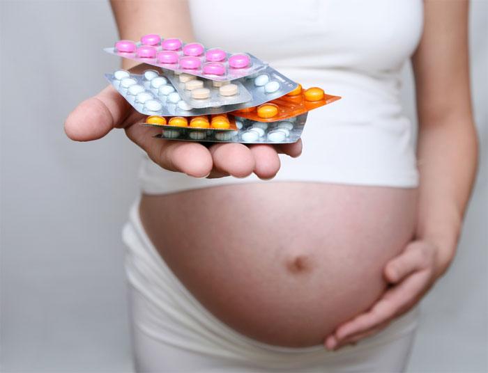 Две трети беременных не принимают фолиевую кислоту