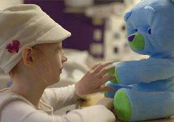 Робот-медвежонок создан специально для общения с больными детьми