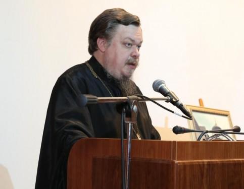 РПЦ предложила усилить контроль за абортами в частных клиниках