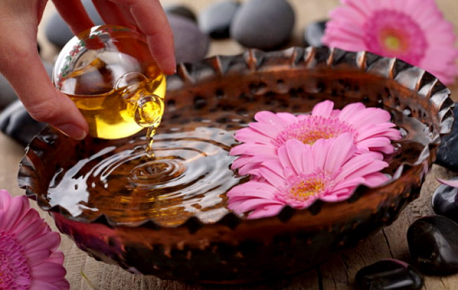 Ароматерапия для беременных: какие эфирные масла лучше выбрать