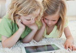 Почему следует строго ограничивать время игр детей с планшетными компьютерами