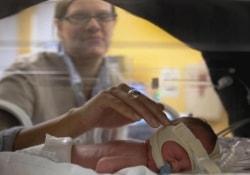 Как риск преждевременных родов связан с ростом беременной