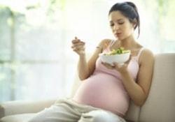 Будущая мама, которая ест за двоих, может «обеспечить» своему ребенку диабет