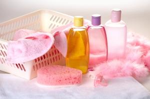 Гели для душа, лаки и шампуни увеличивают риск выкидыша – исследование
