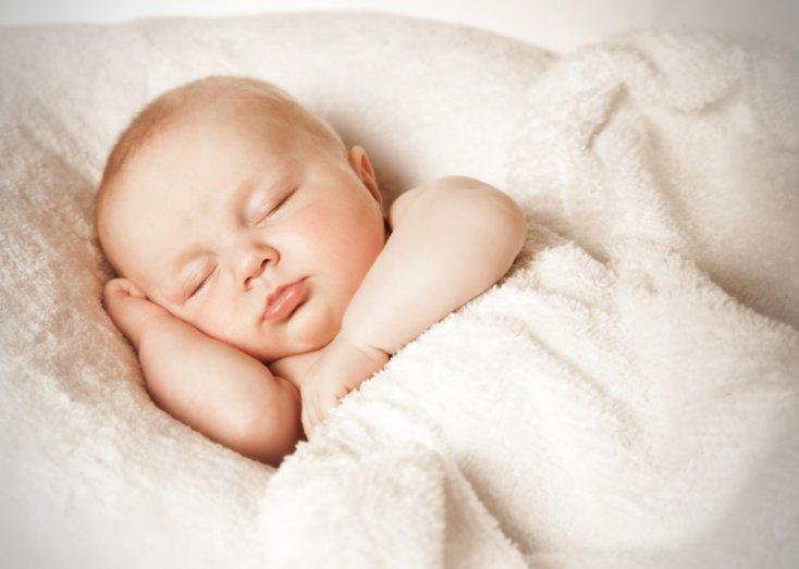 Ученые утверждают: новорожденные улыбаются осознанно