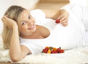 Клетки плода, попав в организм матери, сильно влияют на здоровье – ученые
