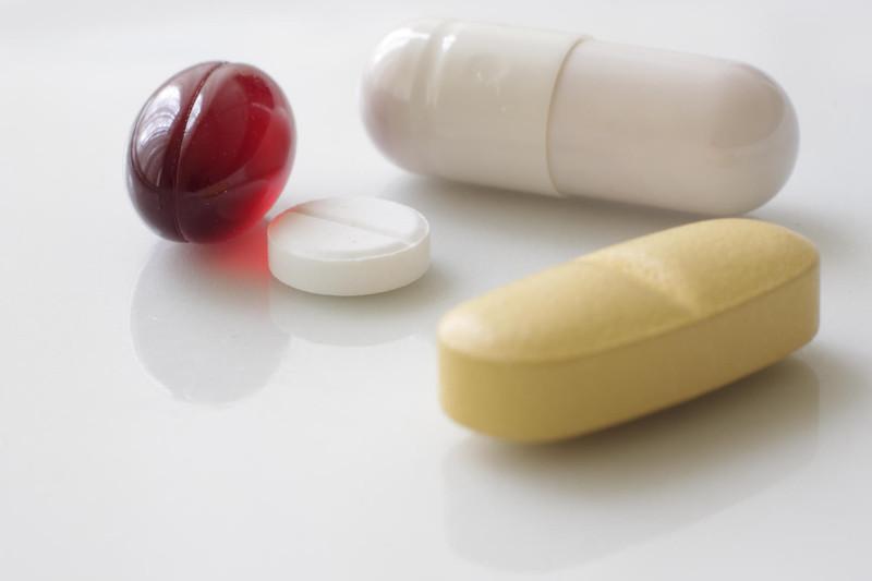 Прием азитромицина и кларитромицина в период беременности не связан с риском развития врожденных дефектов