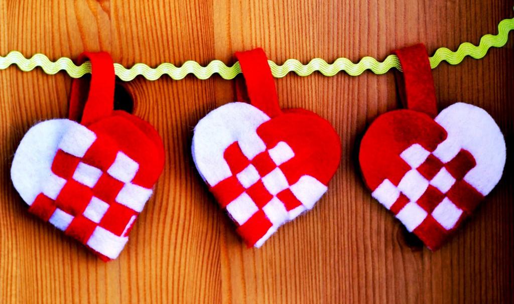 Каким подарком порадовать свою половинку на День Святого Валентина