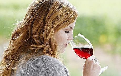 2 бокала вина в неделю сокращают шансы забеременеть на 33%