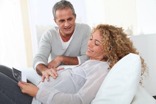 Поздняя беременность связана с отдаленным риском развития тяжелых сердечно-сосудистых событий