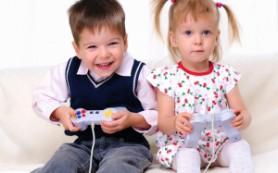 Исследование: родители все чаще используют гаджеты, чтобы успокоить ребенка