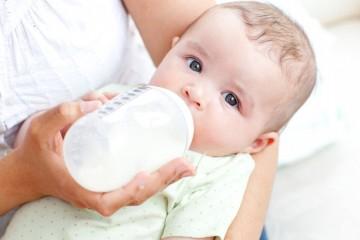 Молочную аллергию у детей можно подавить