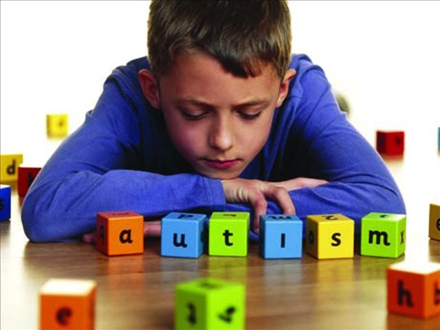 Родители могут сами определить аутизм у детей