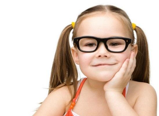Близорукость у детей развивается от дефицита солнечного света
