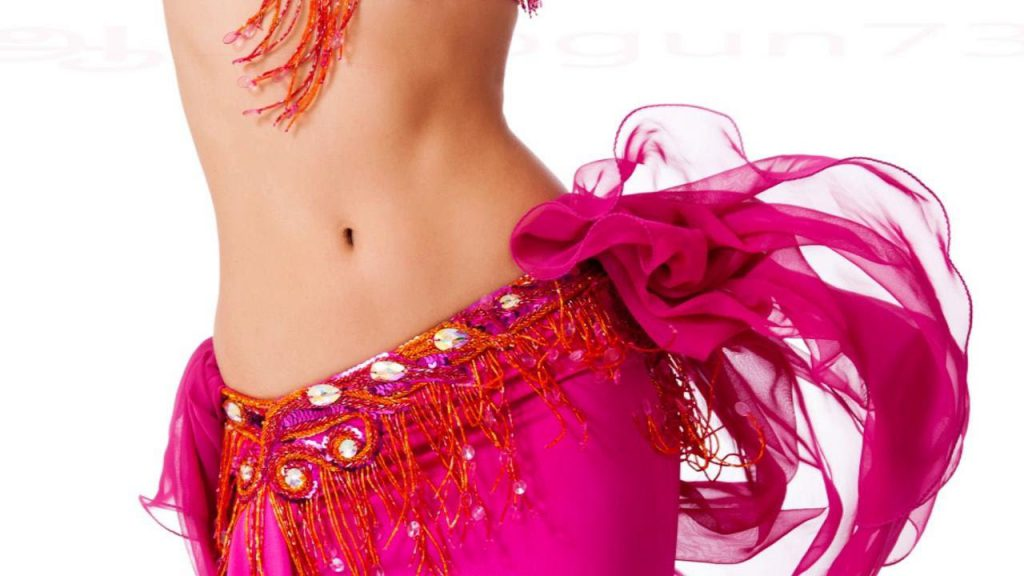 Занятия танцами живота для красоты фигуры