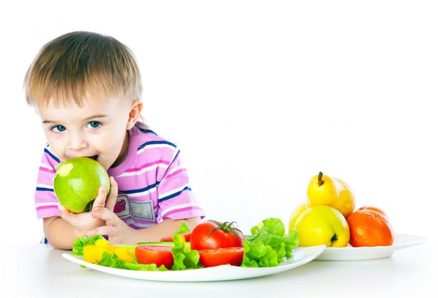 Некоторые продукты могут нанести вред детям до 3 лет