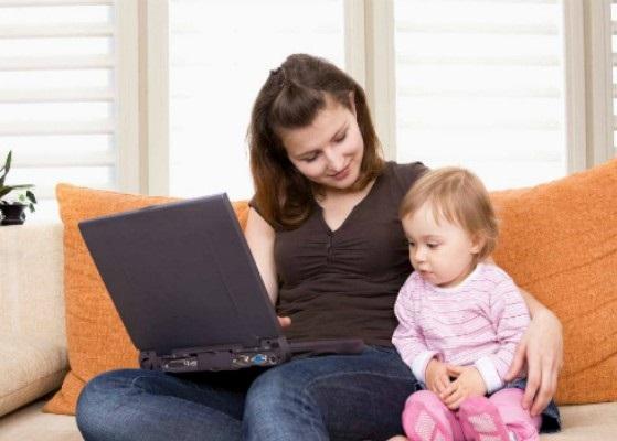 Социальные сети негативно влияют на молодых мам, доказали ученые