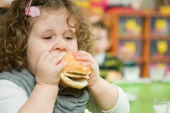 Экономические кризисы способствуют развитию ожирения у детей